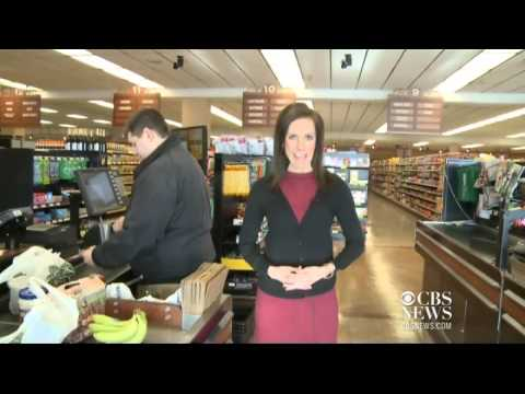 Retiring grocery store owner gives business to employees