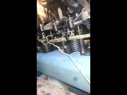 Detroit diesel 60 series 12.7 liter valveadjustmen