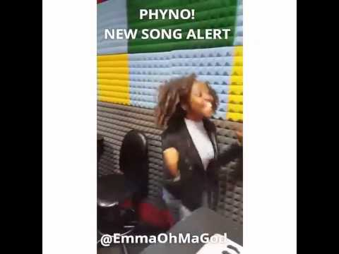 Epic mockery of Phyno