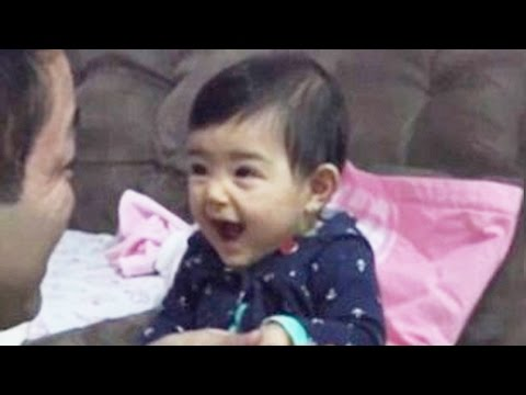 video-this-dad-cannot-simply-cut-the-nails-to-the-little-girl-because-her-laughter-is-contagious.html