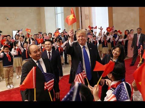 Tổng bí thư, Chủ tịch nước Nguyễn Phú Trọng đã tiếp Tổng thống Mỹ Donald Trump - Thời lượng: 1:23.