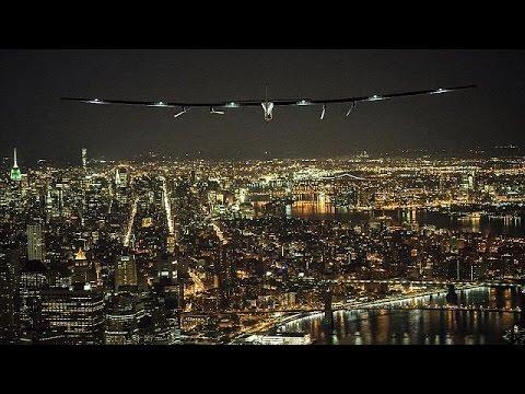 Προσγειώθηκε στο JFK το Solar Impulse χαρίζοντας εντυπωσιακές εικόνες της Νέας Υόρκης