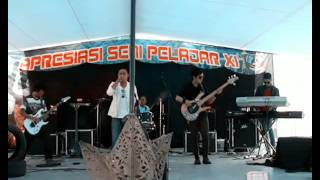 Video Laguna Band - Ibu (live) MP3, 3GP, MP4, WEBM, AVI, FLV Agustus 2018