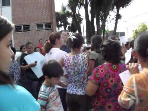 População protesta em Reserva PR