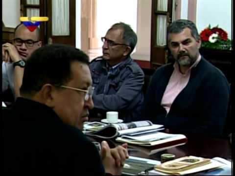 VIDEO COMPLETO: Chávez regaña a sus ministros por tema de las comunas y falta de comunicación