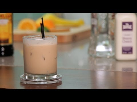 How to Make a White Russian | Cocktail Recipes