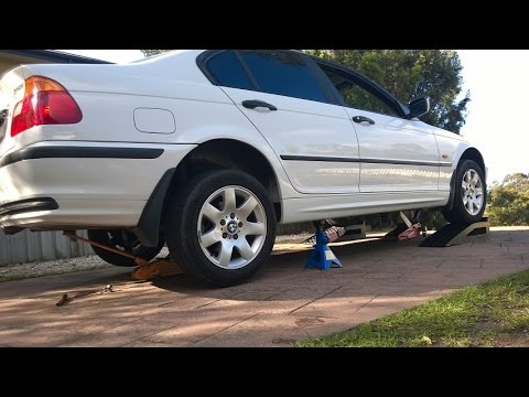 2000 BMW E46 318i - jacking up on stands