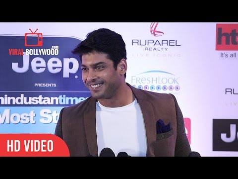 Video Siddharth Shukla at HT Most Stylish Awards 2017 | Viralbollywood download in MP3, 3GP, MP4, WEBM, AVI, FLV January 2017