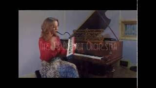 Download Lagu Jenny Russell (fb pocket orchestra) introduces Suzuki's M37C PLus Melodion Mp3
