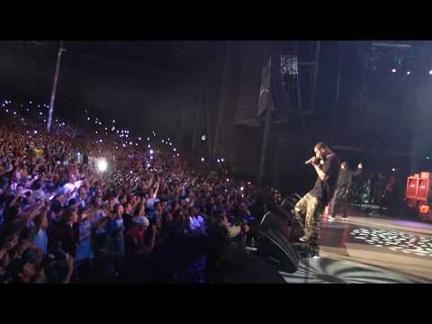 Drake and Eminem perform \