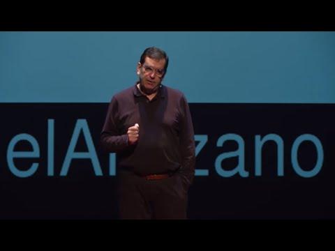 Migrar hoy puede matar... | F. Javier Garcia Castaño | TEDxPlazadelAltozano