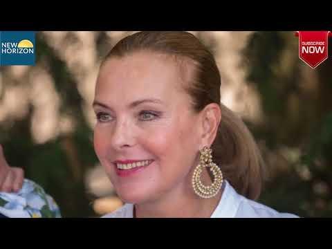 Video Carole Bouquet grand mère d'un petit Balthazar, tristes révélations sur son passé download in MP3, 3GP, MP4, WEBM, AVI, FLV January 2017