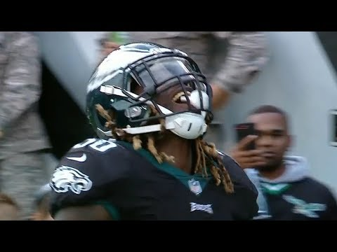 Jay Ajayi First TD on the Eagles! | Broncos vs. Eagles | NFL (видео)