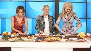 Video Ellen and Nicole Kidman Try to Learn Cooking Skills from Giada De Laurentiis MP3, 3GP, MP4, WEBM, AVI, FLV Februari 2018