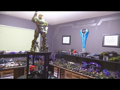 Room 117: Casual tour of a happy married man's Halo shrine