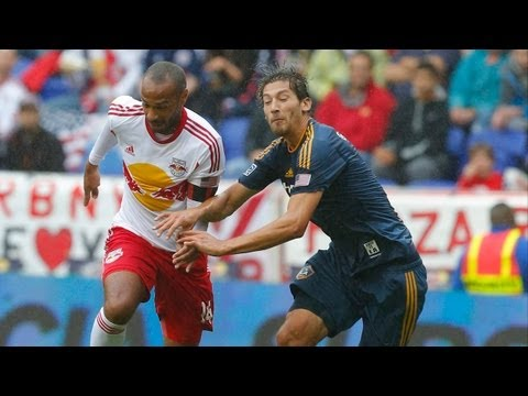 new york - In their only regular season meeting, Landon Donovan, Robbie Keane, and the LA Galaxy take on Thierry Henry, Tim Cahill, and the New York Red Bulls at Red Bu...