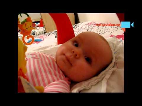 Mluvící 6-ti měsíční miminko