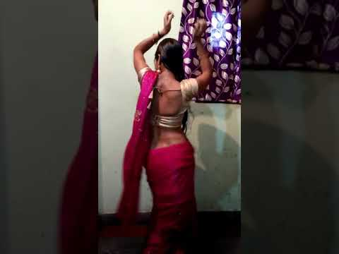 Video Desi Bhabhi hot and sexy private dance on tip tip barsa paani in saree HD..... download in MP3, 3GP, MP4, WEBM, AVI, FLV January 2017