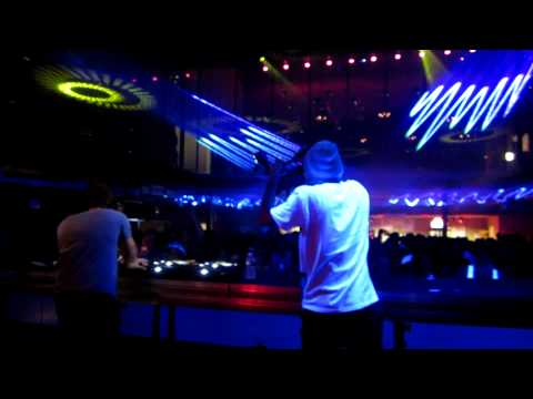 YannickSadoine - GTRONIC at Club Soda Festival 2011.
