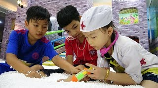 Indoor playground for kids at play center with Misa Channel - Funny video for children