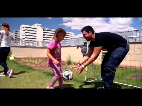 Ver vídeo La Casa Ronald de Valencia nos da la bienvenida