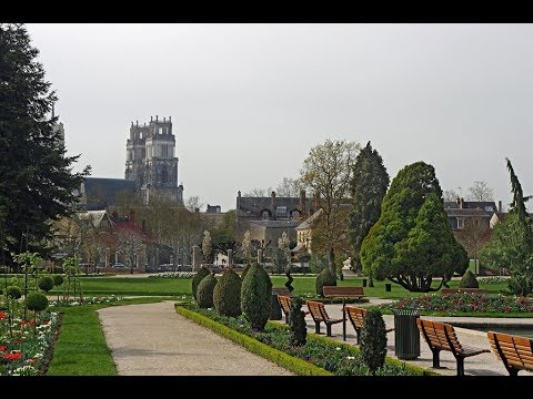 Places to see in ( Orleans - France ) Parc Louis Pasteur