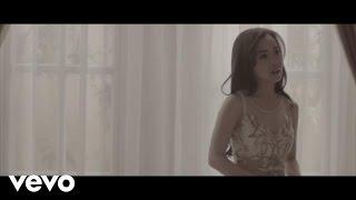 Video Karina Salim - Sesuka Hati (Video Clip) MP3, 3GP, MP4, WEBM, AVI, FLV Desember 2018