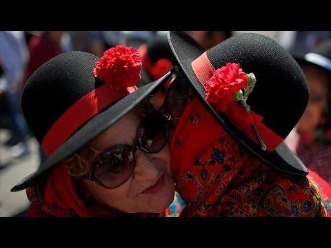 Πορτογαλία: 42 χρόνια από την Επανάσταση των Γαρυφάλλων