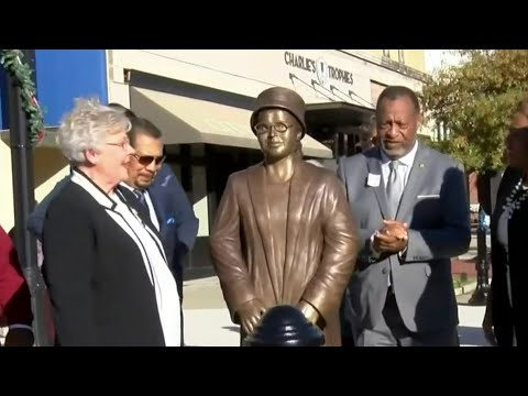 Rosa Parks statue unveiled in Alabama on 64th anniversary of bus arrest
