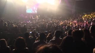 Dariush - Sydney March 2014 -کنسرت داریوش سیدنی استرالیا مارچ 2014 - حمله به داریوش!!!