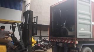 Lô xe nâng dầu TCM FD15T4 tải trọng nâng 1500kg