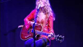 """Taylor Swift """"Your Face"""" - NAMM 2005 with Taylor Guitars"""