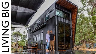 Video This Ultra Modern Tiny House Will Blow Your Mind MP3, 3GP, MP4, WEBM, AVI, FLV Juni 2019