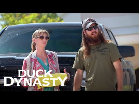 Duck Dynasty: The Robertson Family Car Wash (Season 6, Episode 6) | Duck Dynasty