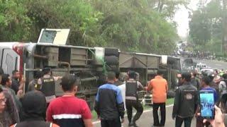 Video Kecelakaan Maut di Tanjakan Emen MP3, 3GP, MP4, WEBM, AVI, FLV Agustus 2018