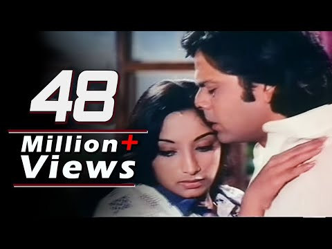 julie - Scene from Super Hit Love Story Julie (1975), starring Vikram, Lakshmi, Nadira, Jalal Agha, Sridevi, Om Prakash, Utpal Datt, Rajendranath. Music: Rajesh Rosh...