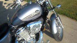 10. 2004 Honda shadow  vlx 600 cc  $3100