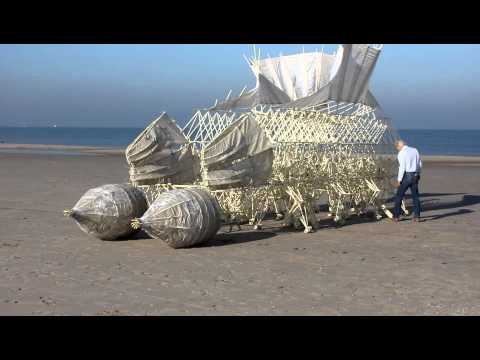 Strandbeest with stomach technology