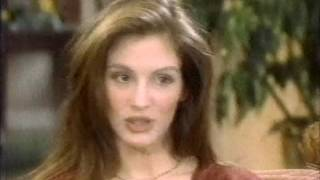 JULIA ROBERTS TALKS ABOUT MARRIAGE TO LYLE LOVETT 1993 77
