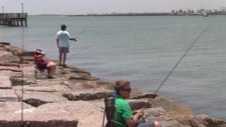 Port Aransas (TX) United States  city photo : Fishing at Port Aransas (Mustang Island, TX, USA)