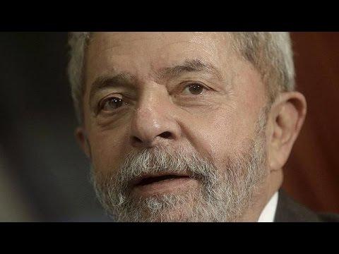 Βραζιλία: Υπό κράτηση ο πρώην πρόεδρος Λούλα για ανάκριση