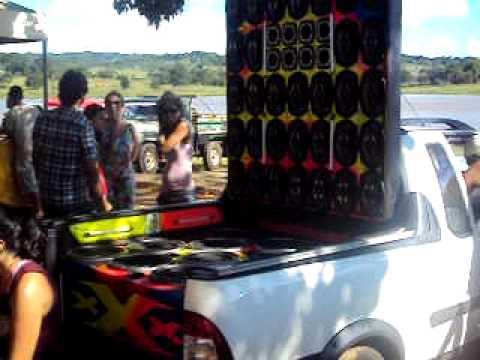 Encontro de som automotivo em Anicuns-Go Equipe triplo x    2°