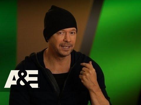 Wahlburgers: Bonus Scene - Donnie's Not Johnny! (Season 4, Episode 5) | A&E