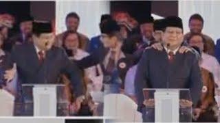 Download Video Jalannya Debat Capres Perdana Memanas, Prabowo Joget di Atas Panggung Lalu Dipijit Sandiaga MP3 3GP MP4