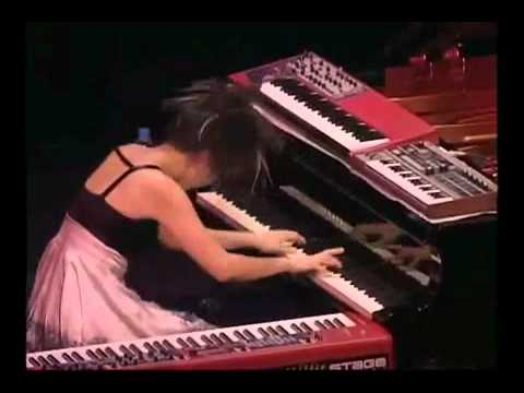 Japan - Hiromi Uehara - Timeout Piano Solo