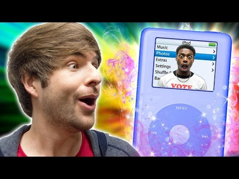 smosh - BLOOPERS & HOT OR NOT: http://smo.sh/BTS_iGenie Get the NEW SMOSH CALENDAR now: http://smo.sh/SMOSHCal 19 Family Photos Gone Wrong... Very Wrong: http://smo....