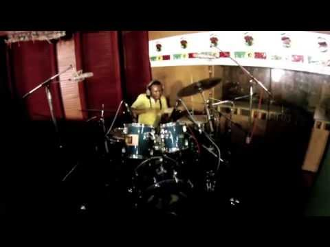Video Chaka Demus & Pliers   Murder She Wrote Live at Tuff Gong Studios 1 download in MP3, 3GP, MP4, WEBM, AVI, FLV January 2017