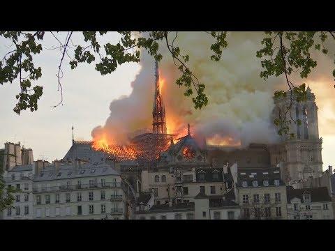 Notre-Dame brennt: Pariser Feuerwehr hatte Sorge um die Türme
