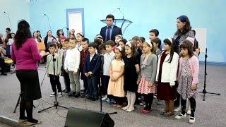 Grupa de copii – Dumnezeu m-a creat cu iubire