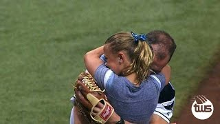 Video First Pitch ends in Big Surprise for Soldier's Daughter MP3, 3GP, MP4, WEBM, AVI, FLV Agustus 2018